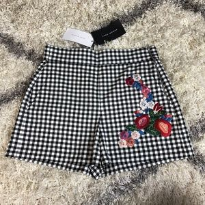NWT Zara Gingham Shorts with Floral Embroidery